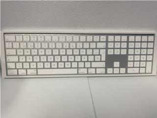 Apple Magic Keyboard con Number KEY, La Familia Casa de Empeño y Joyería-Ave Piñeiro Puerto Rico