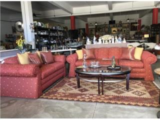 Sofa y loveseat, piezas vendidas x separado, The Pickup Place Puerto Rico