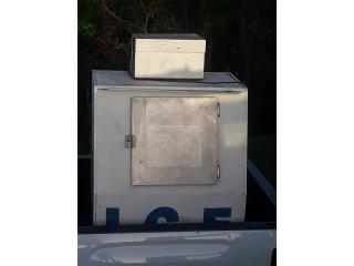 Nevera para almacenar hielo en bolsa, ANROD NATIONAL EXPORT INC. Puerto Rico
