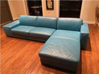 Sofa en cuero , J Cangiano Puerto Rico