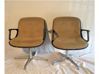 Un par (2) de sillas 1970's , Mr. Bond Vintage Puerto Rico