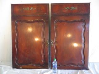 Puertas de un gabinete victoriano.  Caoba., Mr. Bond Vintage Puerto Rico