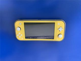 Nintendo Switch lite (Amarillo), La Familia Casa de Empeño y Joyería-Ponce 1 Puerto Rico
