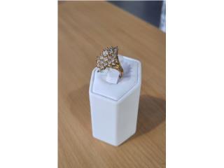 Lady's Ring: 3.8D 10K size 6.5, La Familia Casa de Empeño y Joyería-Mayagüez 1 Puerto Rico