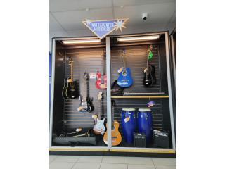 Variedad de instrumentos , La Familia Casa de Empeño y Joyería, Ave. Barbosa Puerto Rico