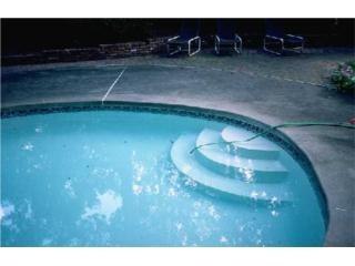 San Juan Puerto Rico Tanques de Agua, liqueos en piscinas