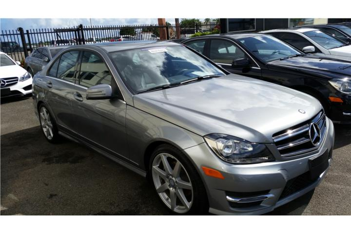 Mercedes benz clase c del 2014 clasificados online puerto for Mercedes benz 6500